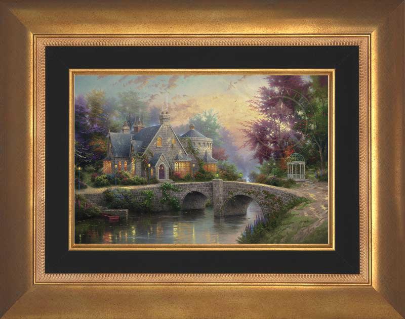 Lamplight Manor - Aurora Gold