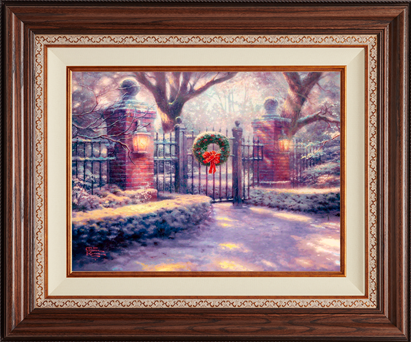 Christmas Gate - Deluxe Walnut