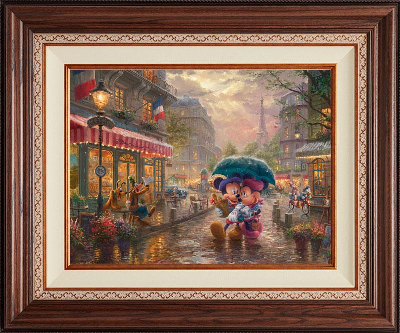 Mickey Minnie in Paris - Deluxe Walnut